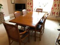 Excellent condition extending table and chairs