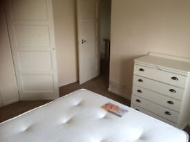 double room for couple or friends
