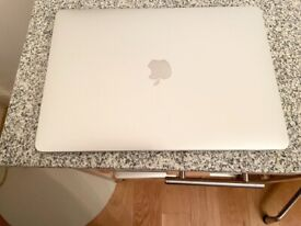 """MACBOOK PRO 2017 13.3"""" LAPTOP, 2.3GHZ I5, 8GB RAM, 256GB SSD,SILVER, CYCLE COUNT 253,FULLY WORKING"""
