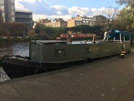 35' Cruiser stern Narrowboat in London. Just been blacked, great spec