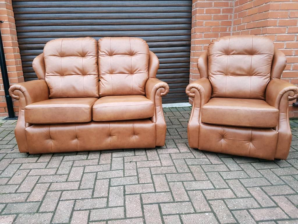 LEATHER G PLAN 2seater and chair RRP. £3000 AS NEW! BARGAIN!
