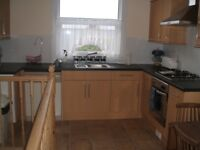 STOKE Spacious nicely furnished maisonette with private garden to let
