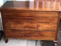 Solid wood drawers/sideboard