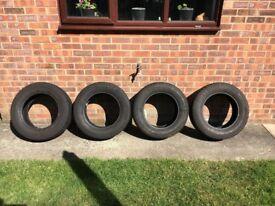 4 x Continental Vanco Winter Tyres 215/65/16r