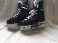 Ice skates ccm Rbz 40 junior hockey boots