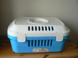 SAVIC DISCOVERY COMPACT PET CARRIER - HARDLY USED