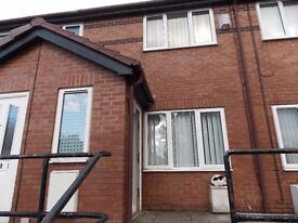 Modern 2 Bedroom, open plan, newly decorated house with garden in nice area of hyde