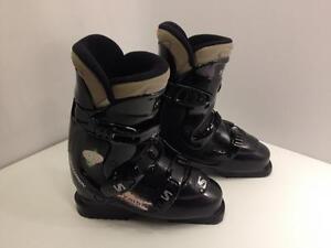 Salomon Symbio 4.0 women's ski boots, size 24.5 Mondo, 'A' width