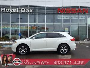 2010 Toyota Venza AWD ** ACCIDENT FREE/LEATHER/HEATED SEATS **