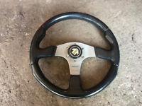 momo race steering wheel