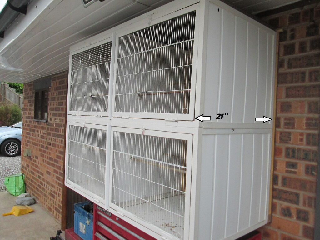 Birds Breeding Cages Outside Steel Wall Mounted Bird Cages