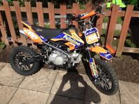 125cc stomp Pitbike. Ridden a few times from new. ��500ono