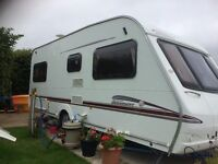 Swift Delamere GT 2005, 4 Berth. Fixed Bed. Powr mover.