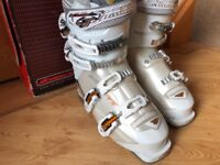 Nordica Olympia Sport 10 ladies ski boot size approx 6 UK (25.0) used