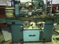 J&S UNIVERAL GRINDER IN GOOD USED CONDITION chester