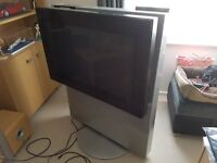 Bang and Olufsen Beovision Avant 32 DVD Television with Remote