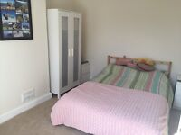 Short term let available on double room in lovely Easton