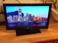 LG 32-inch Full HD 1080p 100Hz LED TV + Freeview, Model 32LE5900