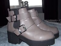 River Island Boots - Size 6