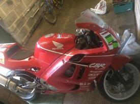 Honda cbr600 f2 track/race bike