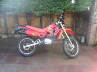 shineray xy 125 gy , 125 cc 125cc , fully serviced, 12 months mot, very low mileage