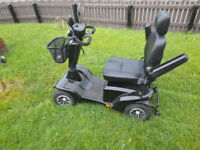 8 MPH Mobilty Scooter in gleaming black!