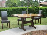 Solid Wood Tabel and Chairs