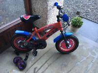 "12"" Kids Spiderman Bike with stabilisers"