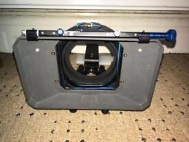 Matt box and hood for large camcorders