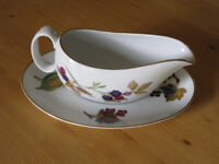 Gravy Boat and Saucer by Royal Worcester in Evesham Gold Design