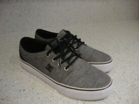 D&C Canvas Shoes
