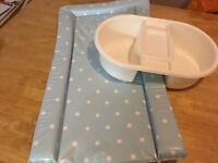Baby changing mat and top to toe