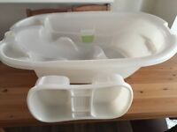 Mamas and Papas Acqua Bambino shaped baby bath and top and tail bowl