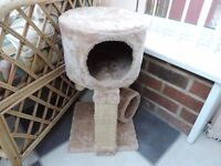 Cat Tree House, Scratching Post Activity Centre