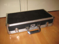 Pedal board case for guitar effects pedals