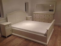IKEA QUEEN SIZE BED FRAME IN WHITE - second hand