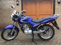 Kymco 125 pulsar motorcycle