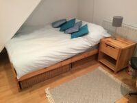 En-suite bedroom perfect location with Free Parking