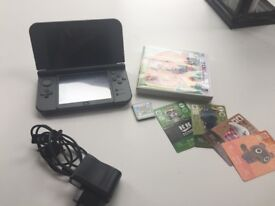 New Nintendo 3DS XL + 2 games