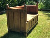 Wooden bench/Settle