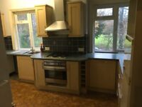 2 bedroom first floor flat to rent unfurnished 4 month rental only