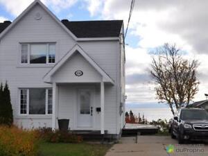 167 000$ - Maison en rangée / de ville à vendre à Baie-Comeau