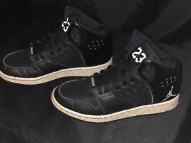 Black Nike Jordans 23 size 4