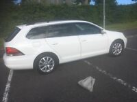 White VW Golf 1.6 TDI BlueMotion Tech 105 Sportline 2010 (129000miles)
