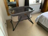 Kangu baby crib