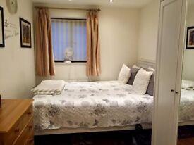 Luxury one bedroom property in peaceful neighbourhood.