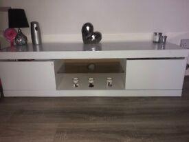 White gloss coffee table & tv unit