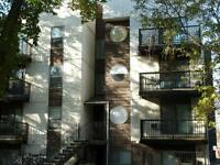 2 Months Free Rent !! Newly Renovated Apartment Home !!