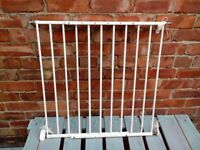 BABYDAN BABY/PET EXTENDING METAL SAFETY GATE WHITE WITH FIXINGS