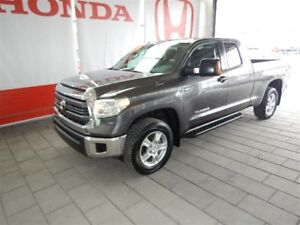 2015 Toyota Tundra Double CAB SR/SRS EDITION SRS  IMPECCABLE